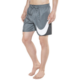 """Nike Swim Beach 5 1/2"""" Spodenki kąpielowe Mężczyźni szary/czarny"""